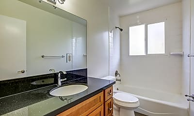 Bathroom, Keswick Court, 2
