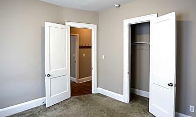 Bedroom, Sunnyside Commons, 2