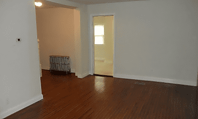 Living Room, 501 Fairview Ave, 1