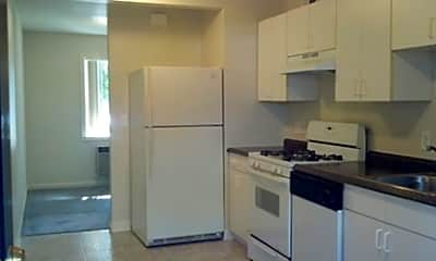 Almaden Park Apartments, 2