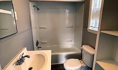 Bathroom, 317 Nesmith St, 2