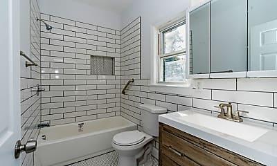 Bathroom, 128 E Grove St, 1