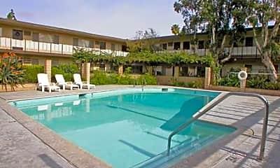 Rancho Monterey Apartments, 2