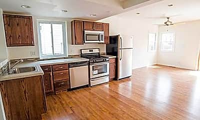 Kitchen, 1718 Payne St, 1