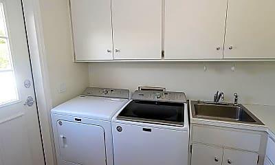 Kitchen, 2700 Lantern Ln, 2