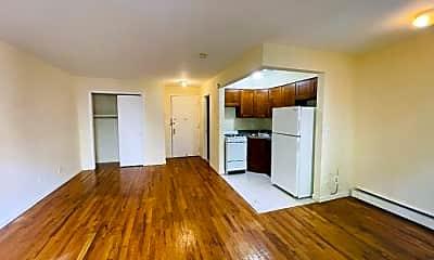 Living Room, 73 Cooper St, 2