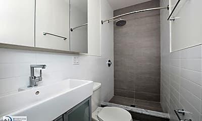 Bathroom, 1908 3rd Ave, 1