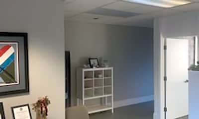 Living Room, 110 Northwoods Blvd, 1