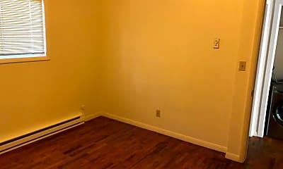 Bedroom, 725 N 2nd St, 2