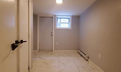 Bathroom, 510 Mercer St, 2
