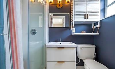 Bathroom, 553 NE 67th St 551, 2