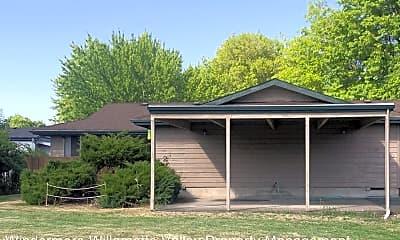 Building, 3240 NE Lancaster St, 1