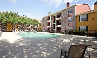 Pool, La Monterra, 1