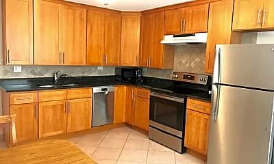 Kitchen, 2940 N Harlem Ave 7, 1