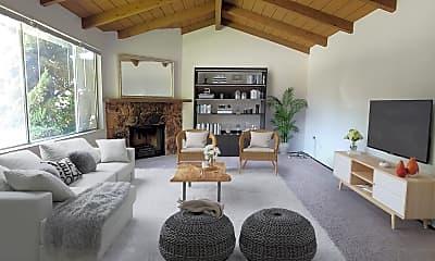 Living Room, 951 Azure St, 0