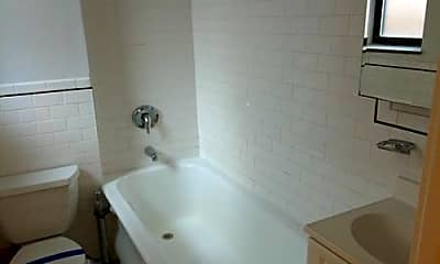 Bathroom, 304 W 45th St, 2