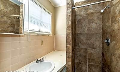 Bathroom, 3615 26th St, 2