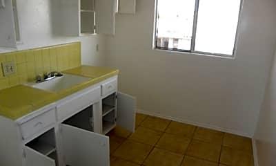 Living Room, 13457 S Inglewood Ave, 1