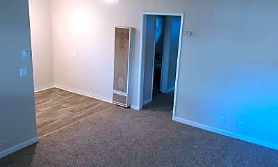 Living Room, 949 Villa Ave, 1
