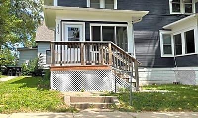 Building, 1419 N 31st St, 0