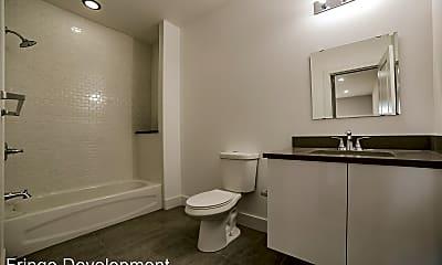 Bathroom, 1430 Germantown Ave, 2