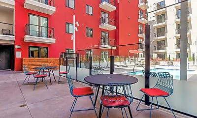 Recreation Area, 4th and J Apartments, 2
