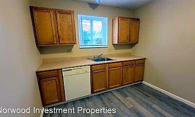 Kitchen, 2457 Montana Ave, 1