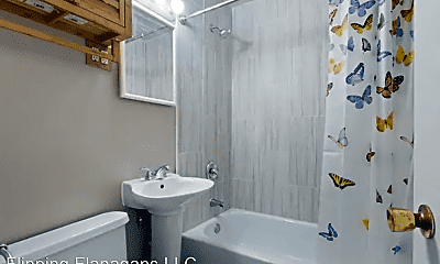 Bathroom, 7305 S 70th St, 1