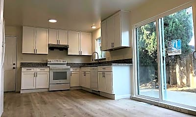 Kitchen, 3795 39th Ave, 1
