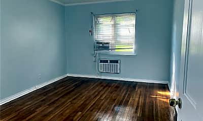 Living Room, 196-31 Dunton Ave 1A, 2