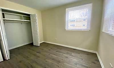 Bedroom, 1024 E Division St, 1