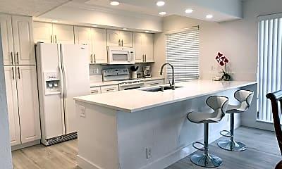 Kitchen, 655 Brackenwood Cove 655, 0