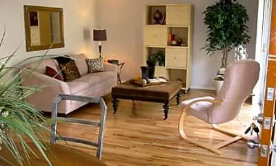 Fairfax Apartments, 1