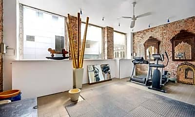 Living Room, 354 Broadway, 2
