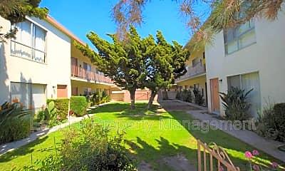 Building, 2050 N Ventura Rd, 2