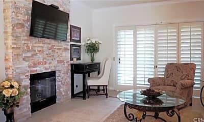 Living Room, 720 Vista Lago Dr N, 1