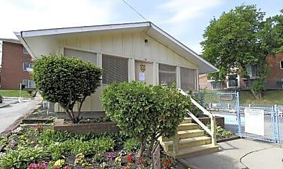 Leasing Office, West Terrace, 1