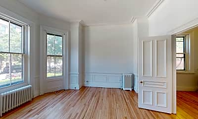 Living Room, 92 Marlborough St #2, 0