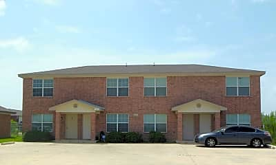 Building, 805 Leifester Cir, Unit C, 0