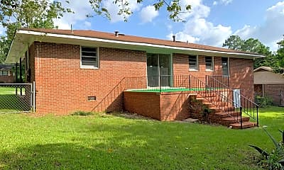 Building, 3240 Commodore Dr, 2