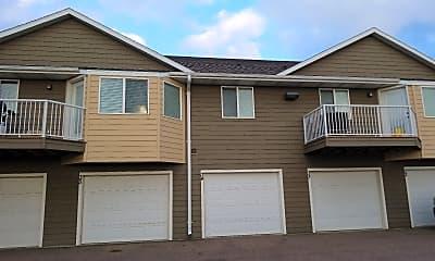 Eagle Creek Apartments, 0