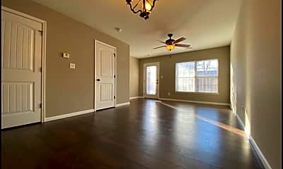 Living Room, 112 W Zupan St, 0
