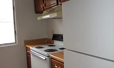 Kitchen, 499 Beaumont Ave, 1
