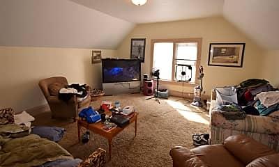 Living Room, 639 Frederick St, 1