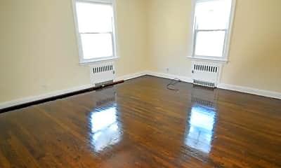 Living Room, 14 Frazer St, 2