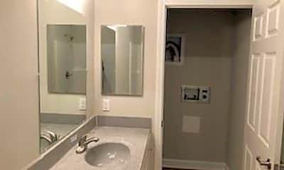 Bathroom, 234 Neck-O-Land Rd, 2