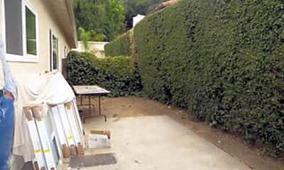 Patio / Deck, 814 W Figueroa St B, 2