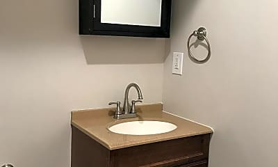 Bathroom, 2356 N Park Ave B, 2