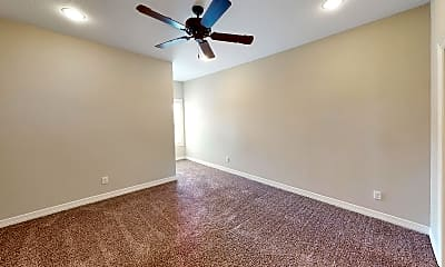 Bedroom, 911 Montclair Ave, 1