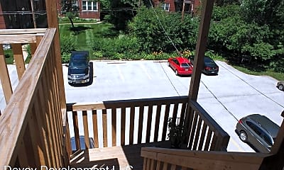 Patio / Deck, 5557 Pershing Ave, 2